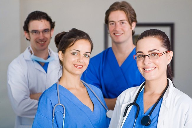 4 Signs You Should Pursue A Medical Assistant Degree