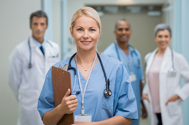 what-is-the-difference-between-an-administrative-and-clinical-medical-assistant-athena-career-academy.jpg